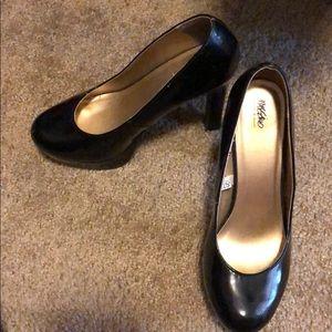 Shoes - Patent Black Stacked Platform